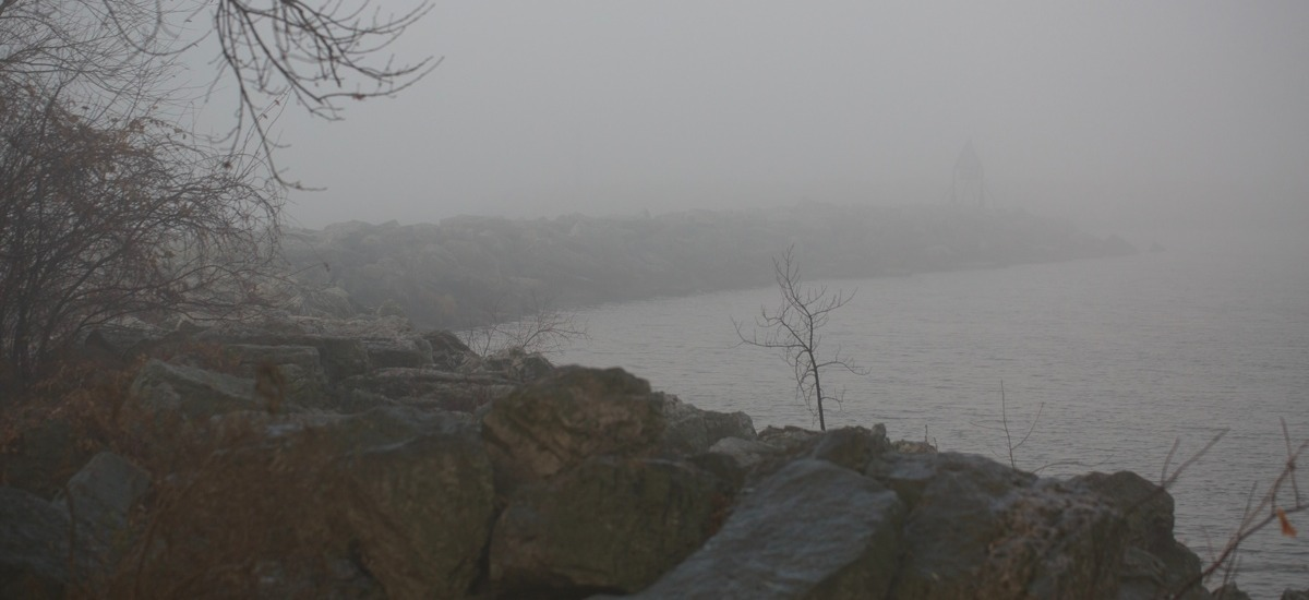 Fog covers High Cliff Marina